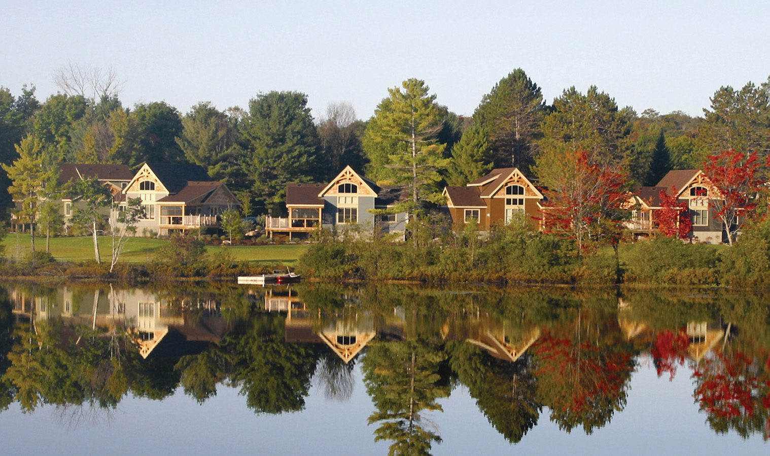 Normerica Timber Frame, Commercial Project, The Cottages at Diamond 'In the Ruff', Muskoka Lakes, Ontario, Exterior