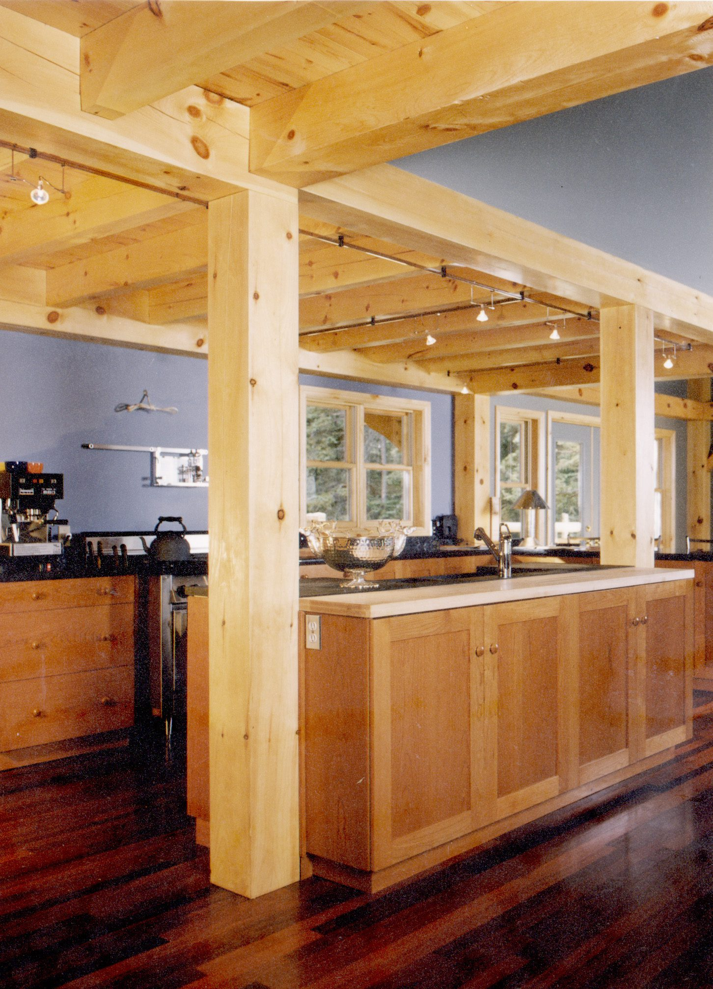 Normerica Timber Frames, Commercial Projects, Buffalo Mountain Lodge, Hotel, Banff, Canada, Interior, Bar