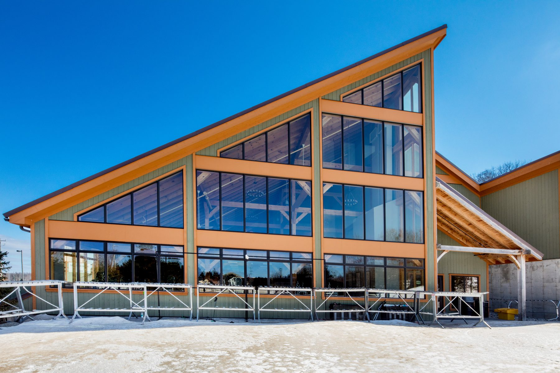 Normerica Timber Frames, Commercial Projects, Blue Mountain South Lodge, Exterior, Collingwood, Ontario, Ski Resort, Clubhouse