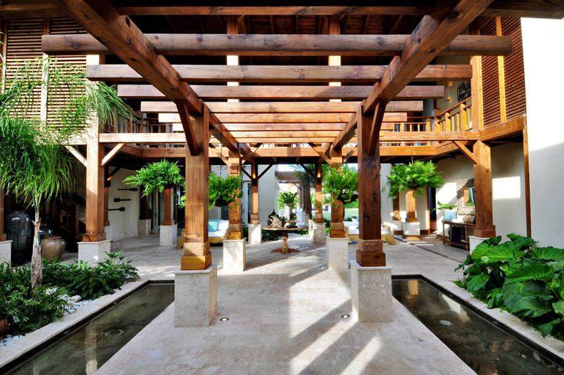 Normerica Timber Frames, Commercial Project, Las Iguanas Villas, Dominican Republic, Interior, Lower Walkway, Villas