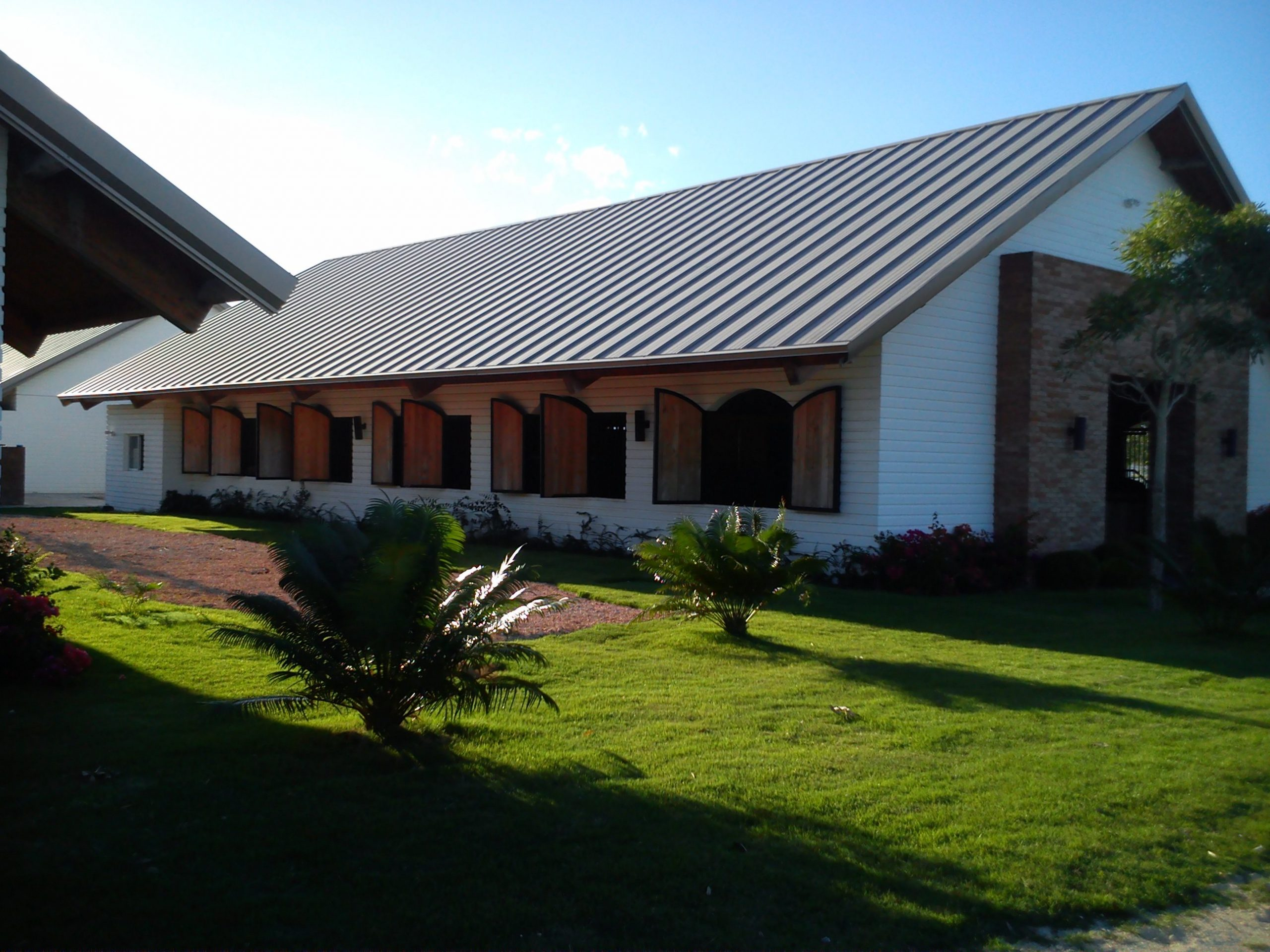 Normerica Timber Frames, Commercial Project, Dominican Republic, Los Establos, Timber Frame Roof, Barn