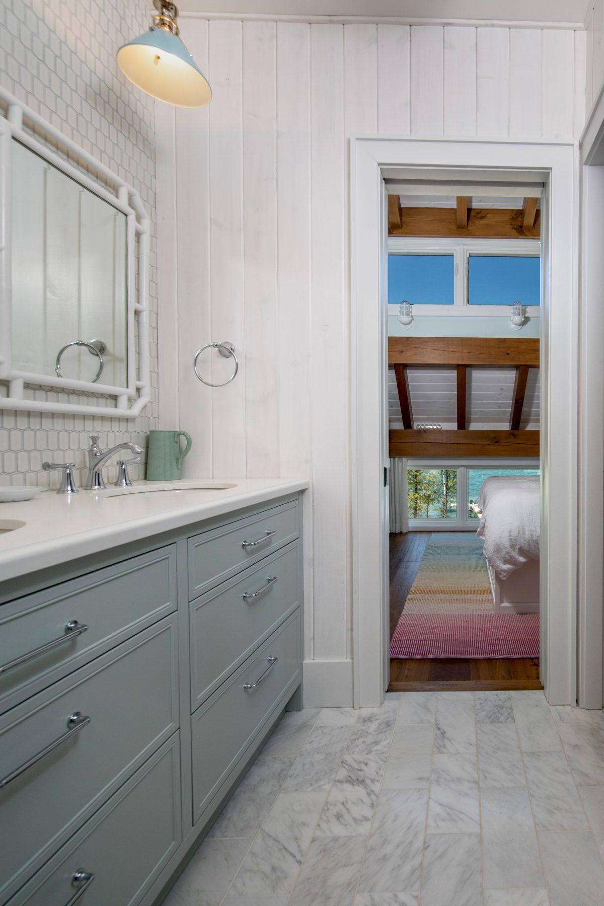 Normerica-Timber-Homes-Timber-Frame-Portfolio-Beachside-Bliss-Interior-Shared-Bathroom-Loft